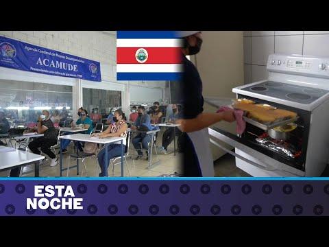 80 refugiados nicaragüenses estudian para empleo y emprendimiento en Costa Rica