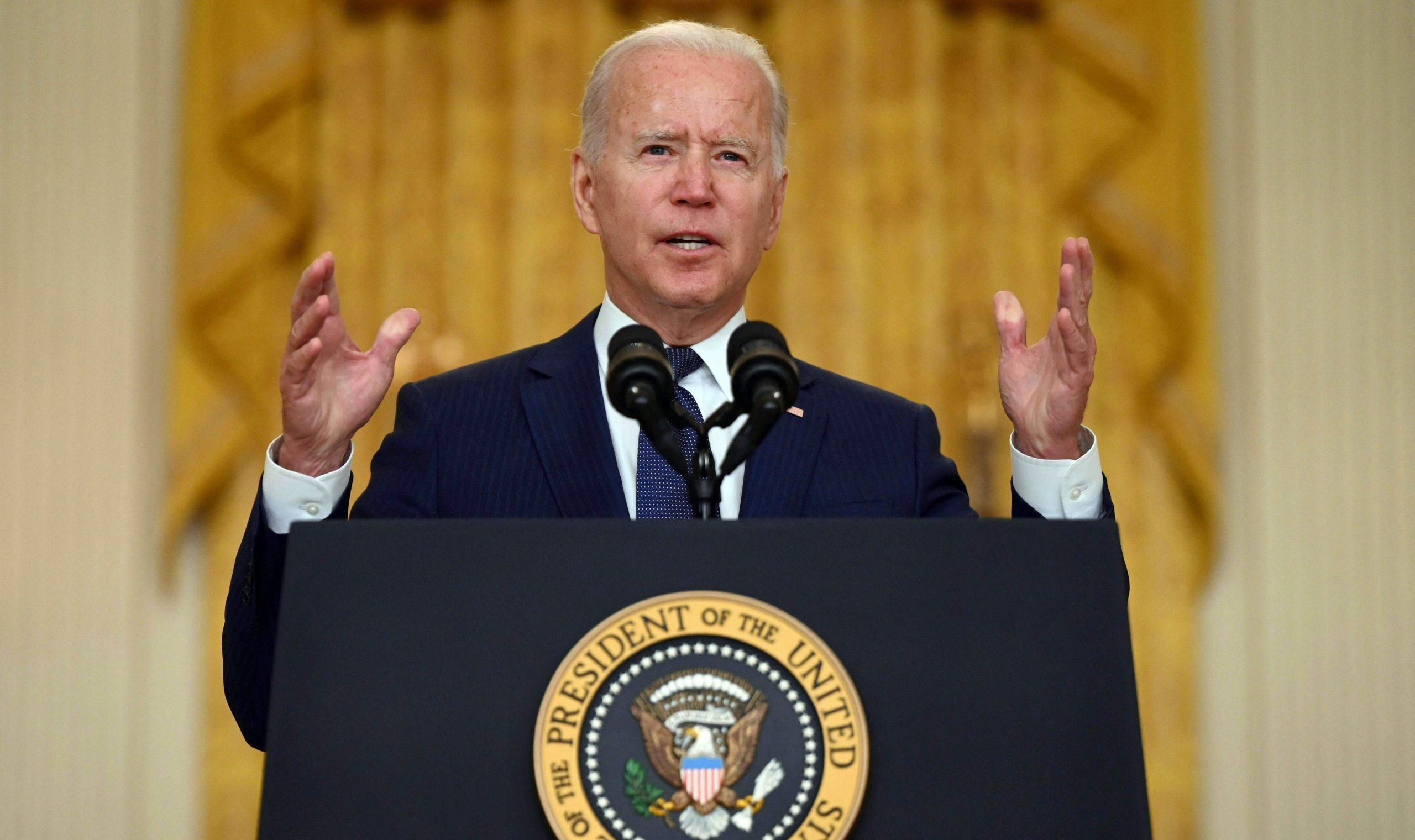 Biden jura vengarse de los perpetradores del doble atentado de Kabul
