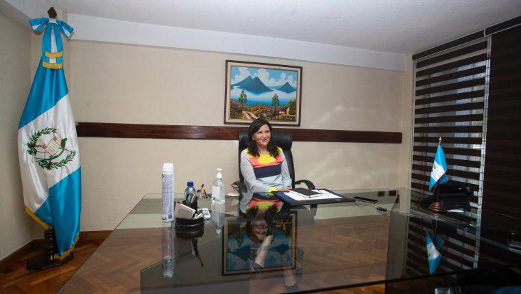 CC otorga protección provisional que impide al Congreso prestar juramento a Gloria Porras - Prensa Libre