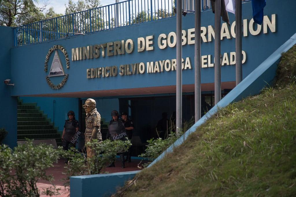 Regime Cancels NGOs - Fachada del Ministerio de Gobernación