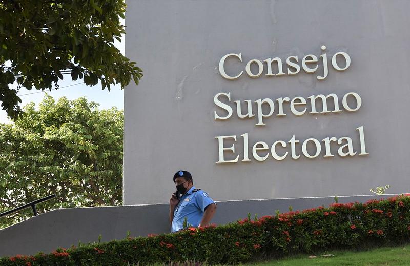 Estados Unidos cancela visas de otros 19 funcionarios nicaragüenses, incluidos funcionarios electorales y líderes de partidos políticos aliados