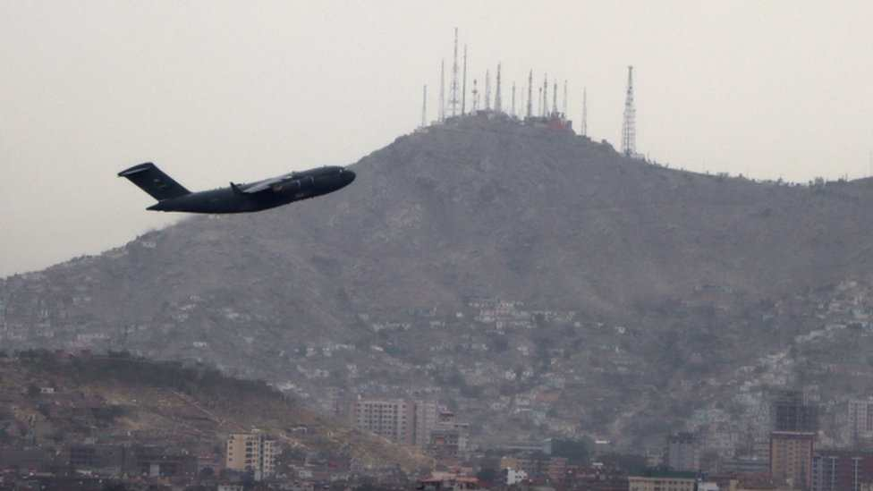 Estados Unidos completa retiro del país luego de que los últimos vuelos salgan de Kabul - Prensa Libre