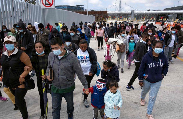 Estados Unidos inicia hoy implementación de Stay in Mexico – Prensa Libre