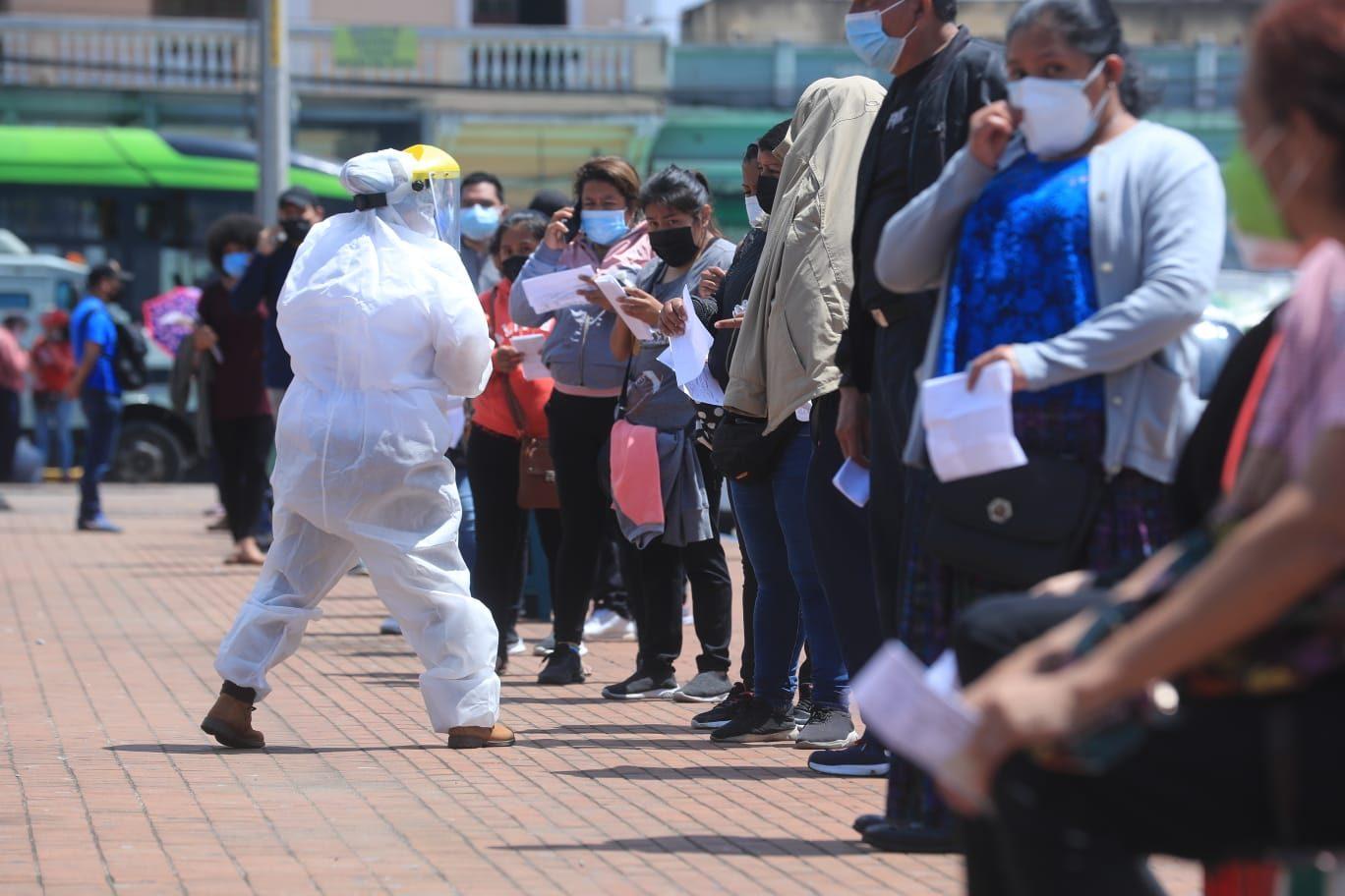 Gobierno modifica disposiciones del decreto de compra del estado de Calamidad y reitera toque de queda - Prensa Libre
