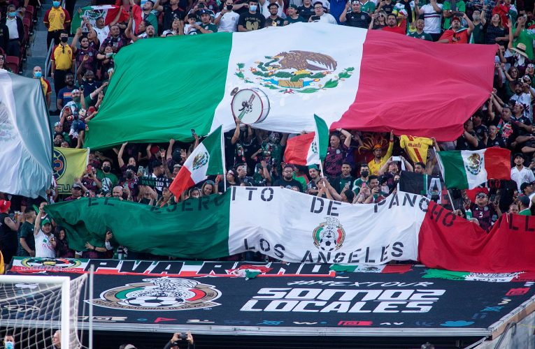 La FIFA reduce la sanción a la Federación Mexicana de Fútbol por el grito homofóbico de su afición – Prensa Libre