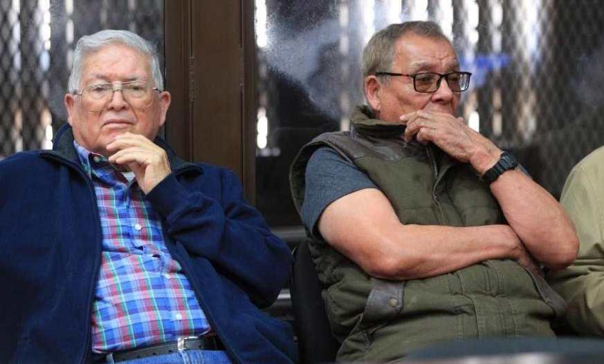 Llevan ante la justicia los soldados retirados Benedicto Lucas y Manuel Callejas - Prensa Libre