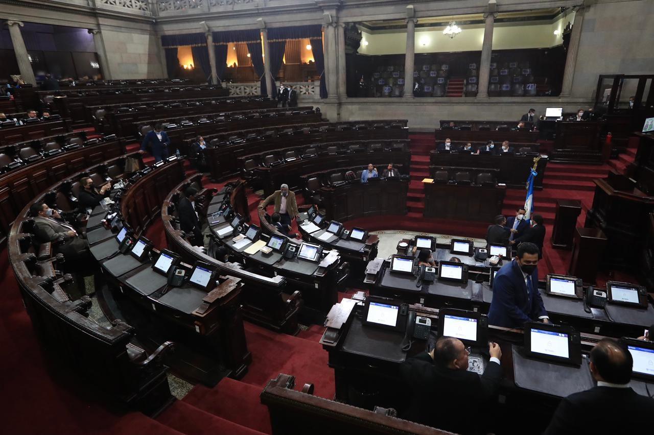 Polémica por la vigencia del estado de Calamidad cuando se suspende la sesión del Congreso - Prensa Libre