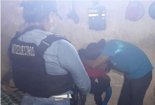 Policía mata a balazos a hombre que secuestró a octogenario y exigió rescate por menor - Prensa Libre