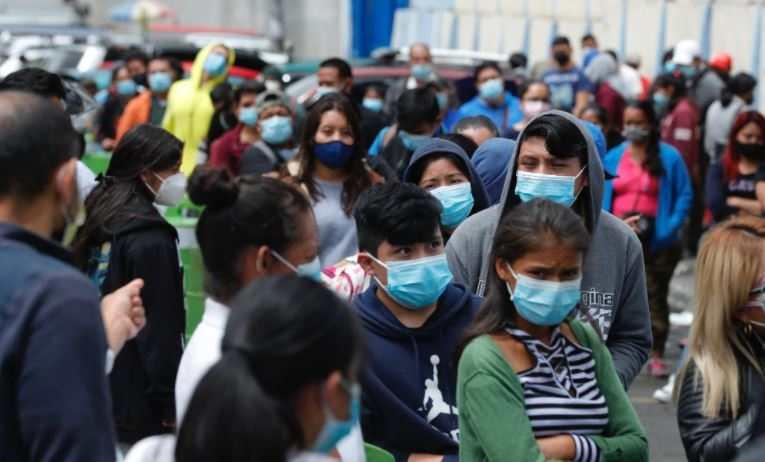 Trabajadores de salud expresan cansancio por covid-19, dicen restricciones podrían reducir casos - Prensa Libre