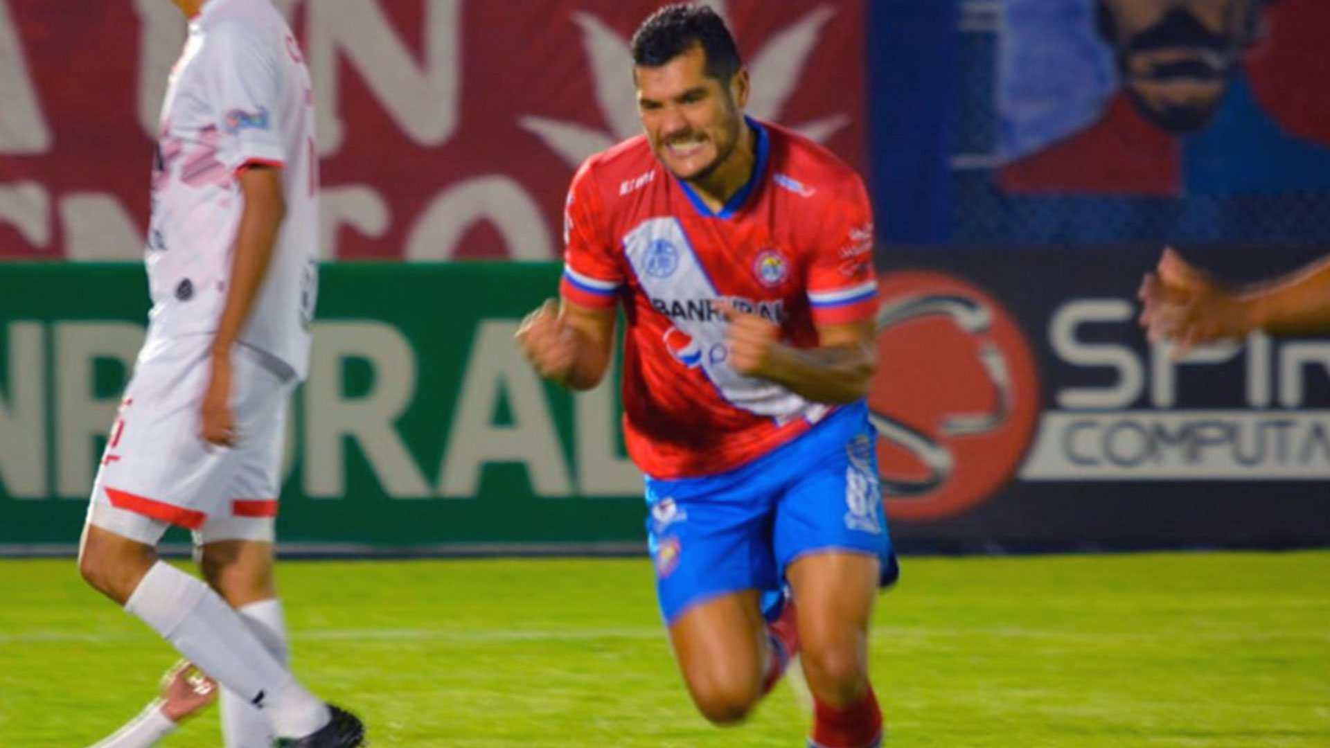 Xelajú asegura su segunda victoria consecutiva y prescribe su quinta derrota en el Apertura 2021 en Malacateco - Prensa Libre