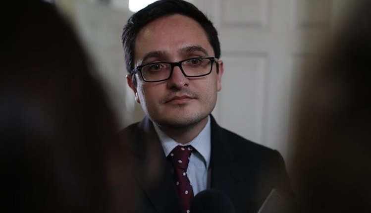 Corte emite orden de aprehensión contra Juan Francisco Sandoval y diputado declara caso bajo reserva - Prensa Libre