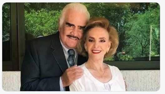 Cuquita Abarca, esposa de Vicente Fernández, también fue hospitalizada - Prensa Libre