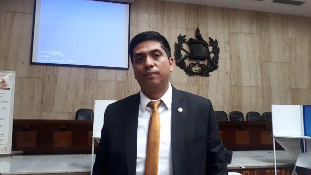 Exjuez Mynor Moto, prófugo de la justicia, es citado a declarar para una nueva investigación - Prensa Libre