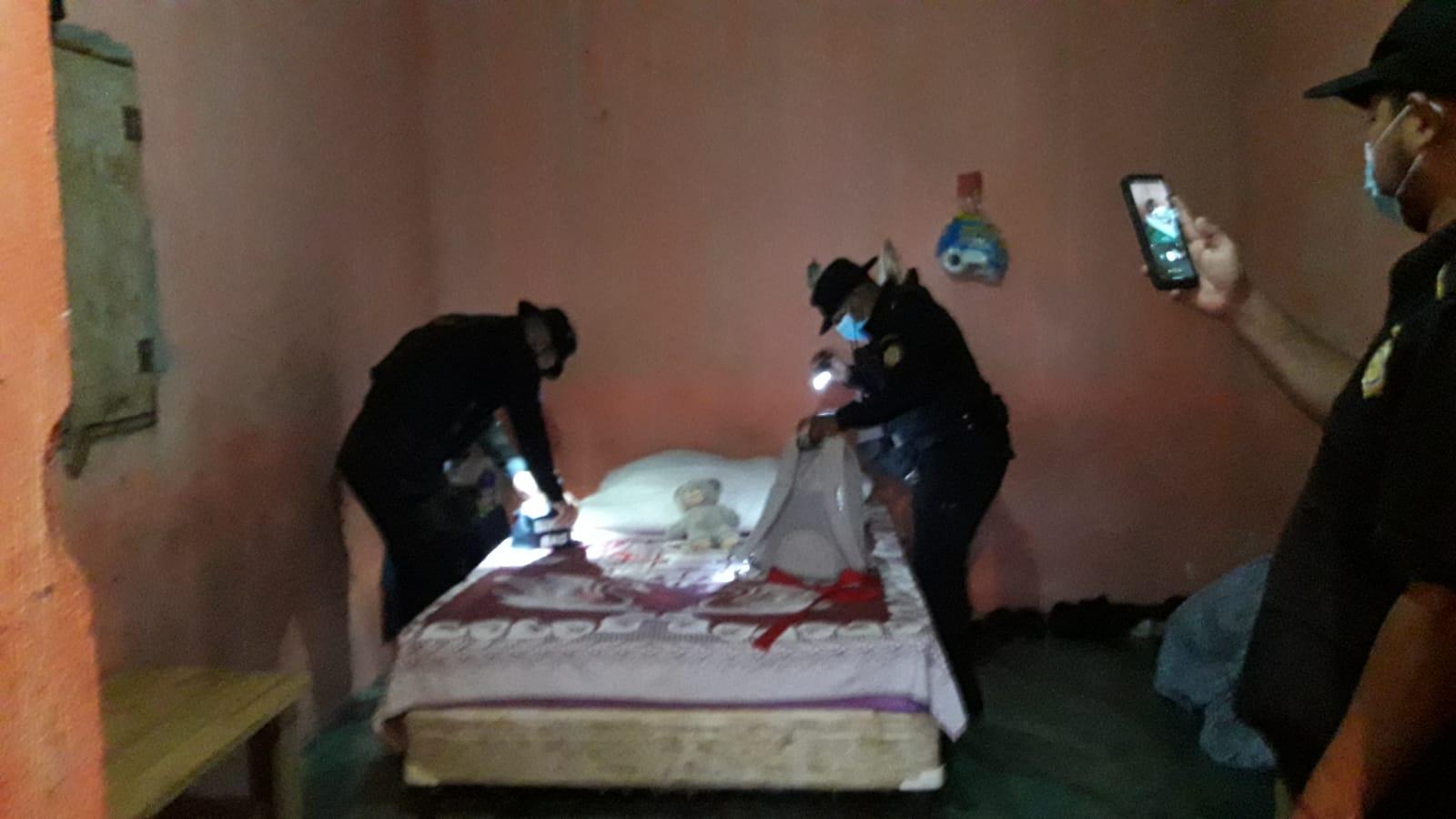 Fuerzas de seguridad buscan a presuntos agresores y lo encontraron durante operativos en Escuintla - Prensa Libre