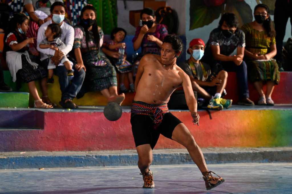 Guatemala luchan por torneo de pelota maya en México - Prensa Libre