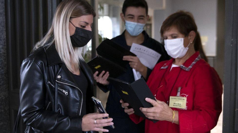 Italia, primer país occidental en exigir certificado de vacunación contra covid-19 para todos los trabajadores - Prensa Libre