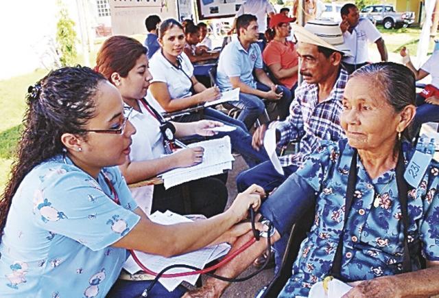 Las mujeres mayores se levantan contra la invisibilidad de sus derechos