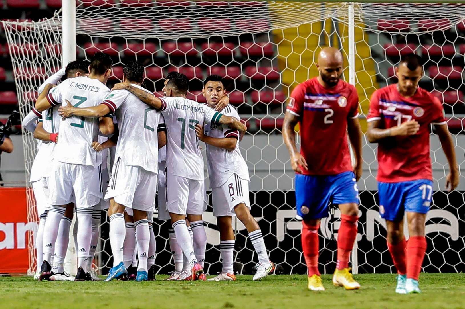 México venció 1-0 a Costa Rica y sigue siendo el único líder de la Concacaf Octagonal - Prensa Libre