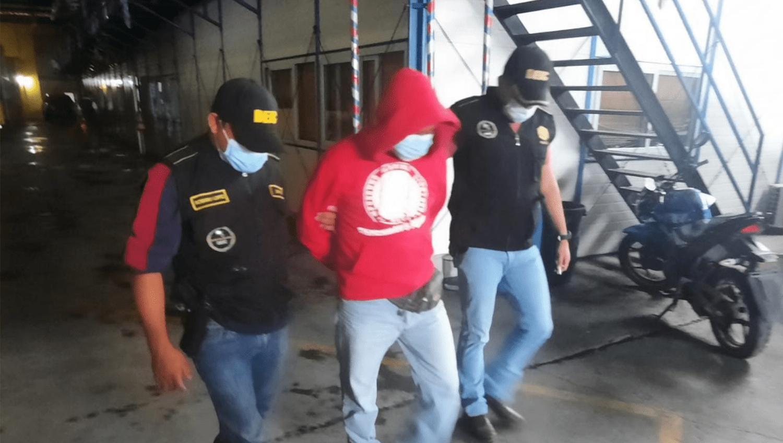 PNC captura presunto violador que fue grabado en video cuando abandonó a su víctima - Prensa Libre