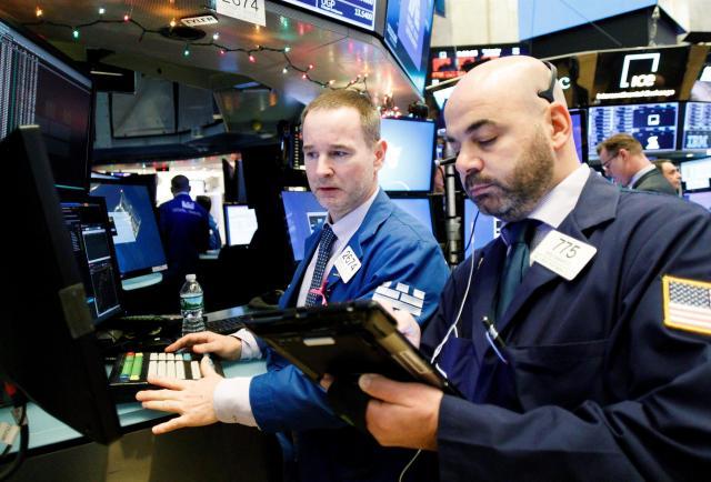 Wall Street registra pérdidas semanales debido a la incertidumbre económica y monetaria