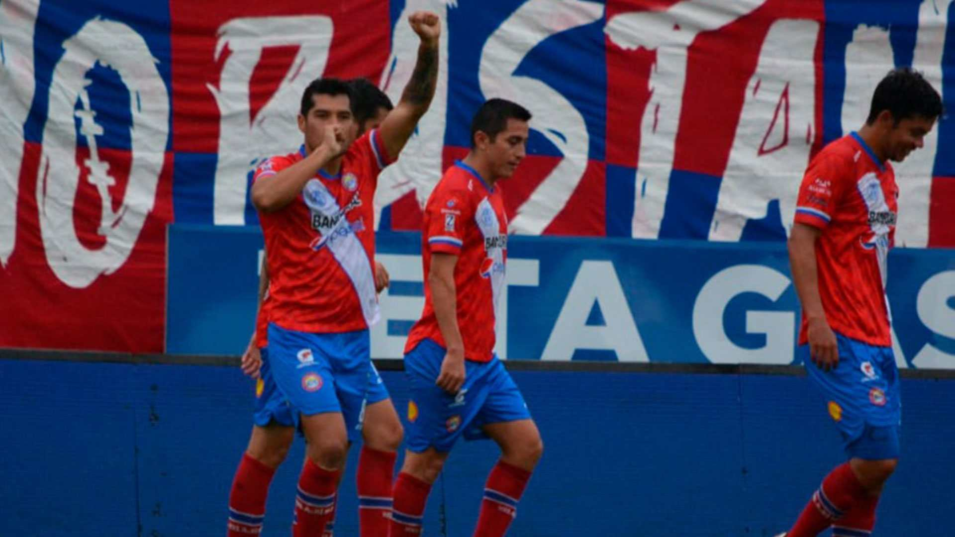 Xelajú vence 2-0 a Sololá y se coloca segundo en Apertura 2021 - Prensa Libre