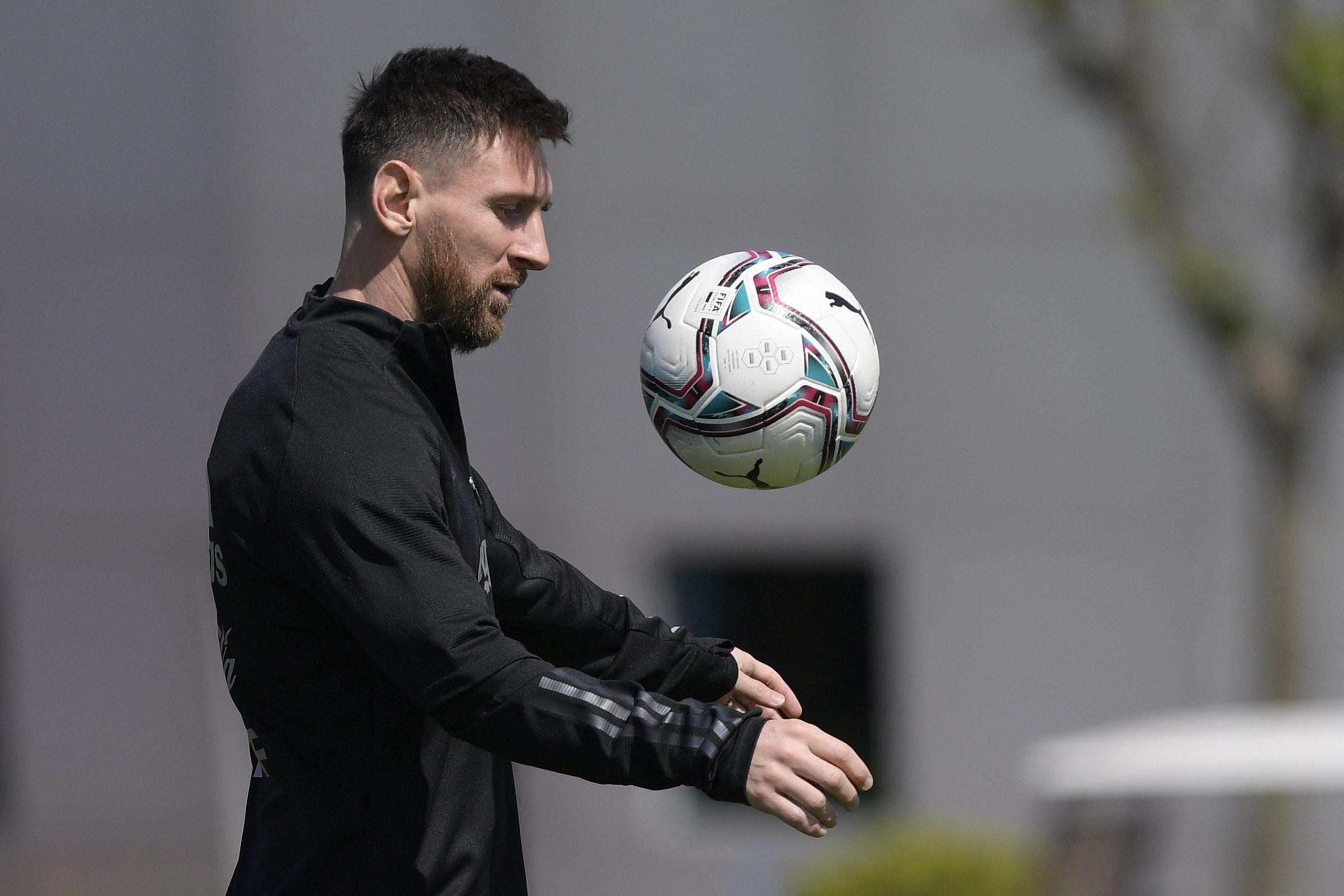 Argentina jugará contra Paraguay con Messi y artillería pesada - Prensa Libre