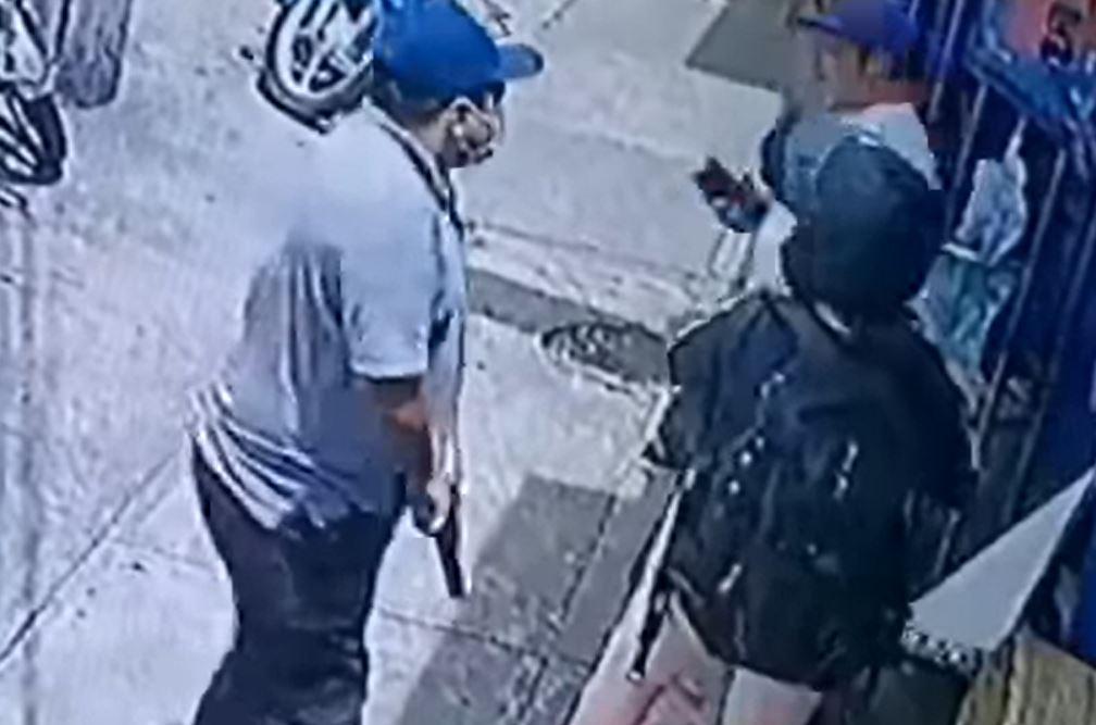 Asalto a dos personas en el Área 11 se graba en video mostrando cómo operan los delincuentes - Prensa Libre