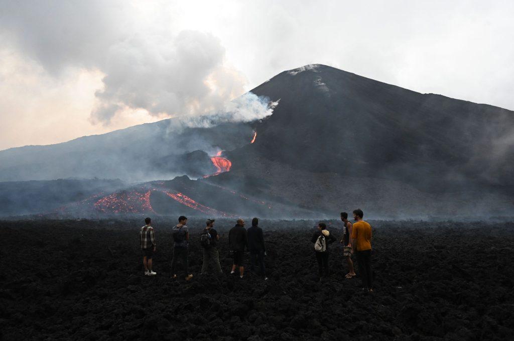 Conred recomienda evitar el ascenso a los volcanes Santiaguito, Pacaya y Fuego - Prensa Libre