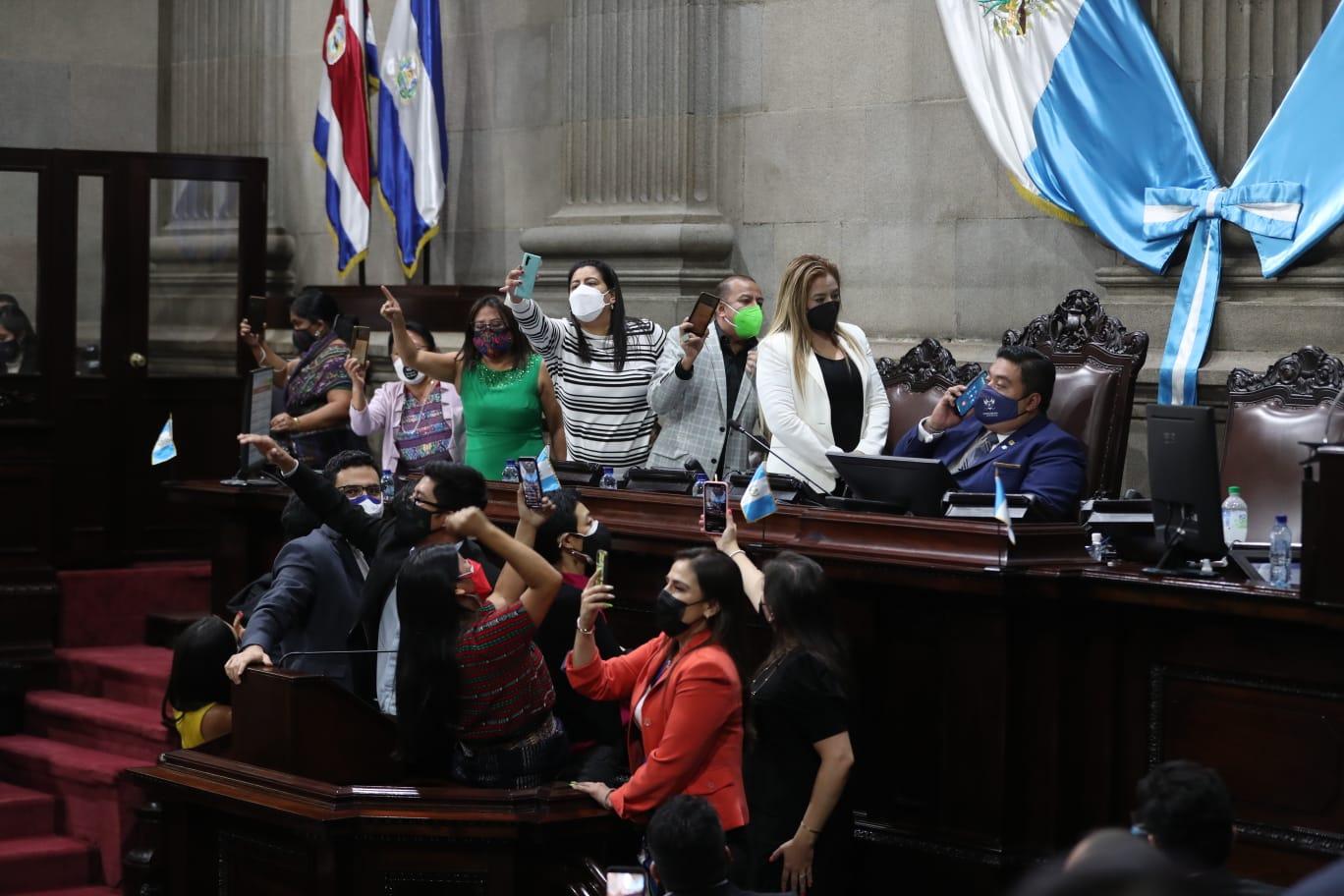 El Congreso tiene un tribunal adecuado para usted, dice Claudia Escobar sobre la elección de Cortes - Prensa Libre