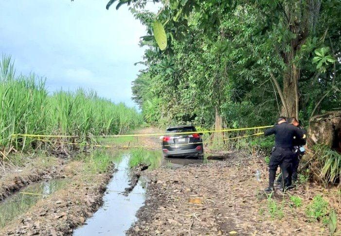 Encuentran en la camioneta de Taxisco a Paola Carolina Rímola Samayoa, asesinada con otras dos personas este fin de semana - Prensa Libre