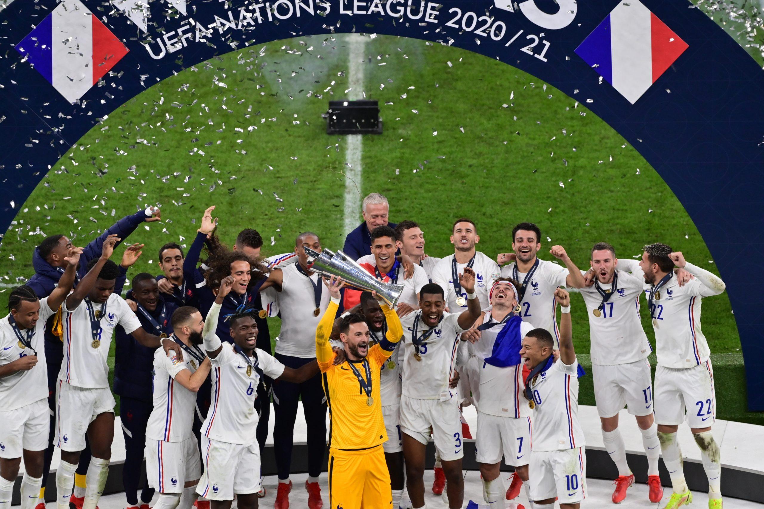 Francia vuelve a España y es campeona de la Nations League con goles de Benzema y Mbappé que regatearon al VAR por la polémica - Prensa Libre