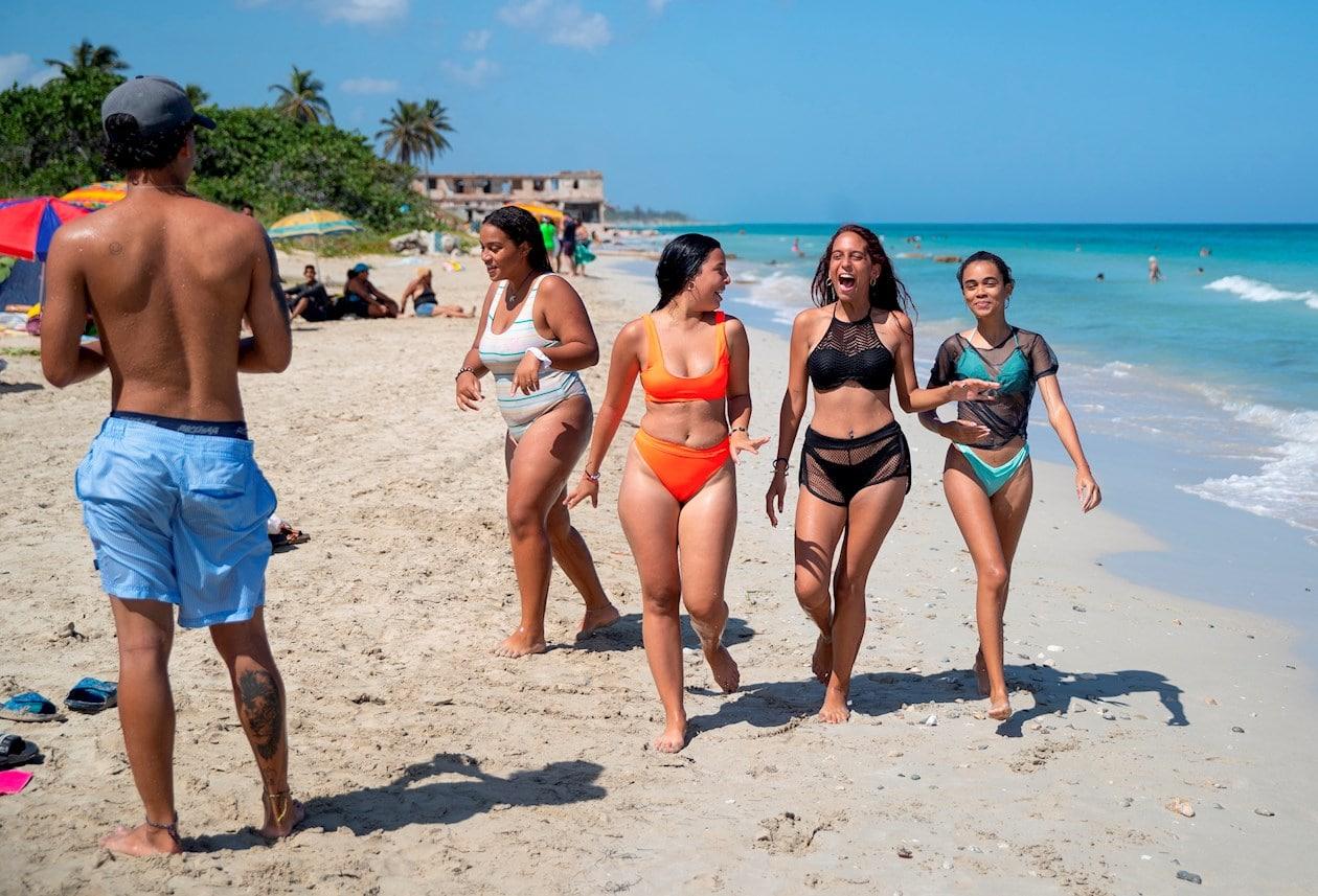 Havana reopens