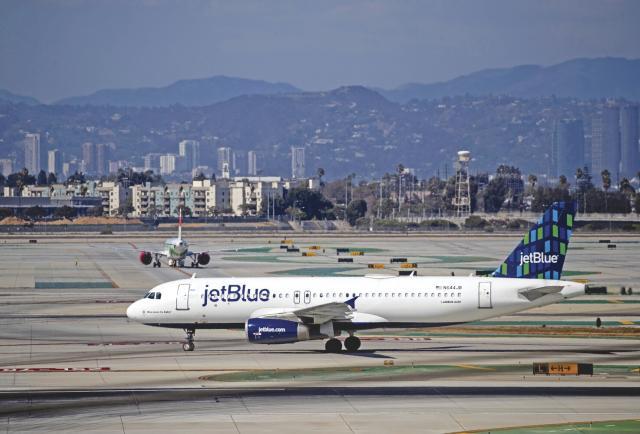 La industria de la aviación mundial se reúne en EE. UU. Para buscar el fin de la pandemia