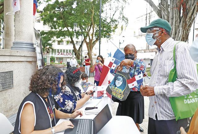 Los grupos pro-constituyentes recolectaron el 2.9% de las firmas requeridas