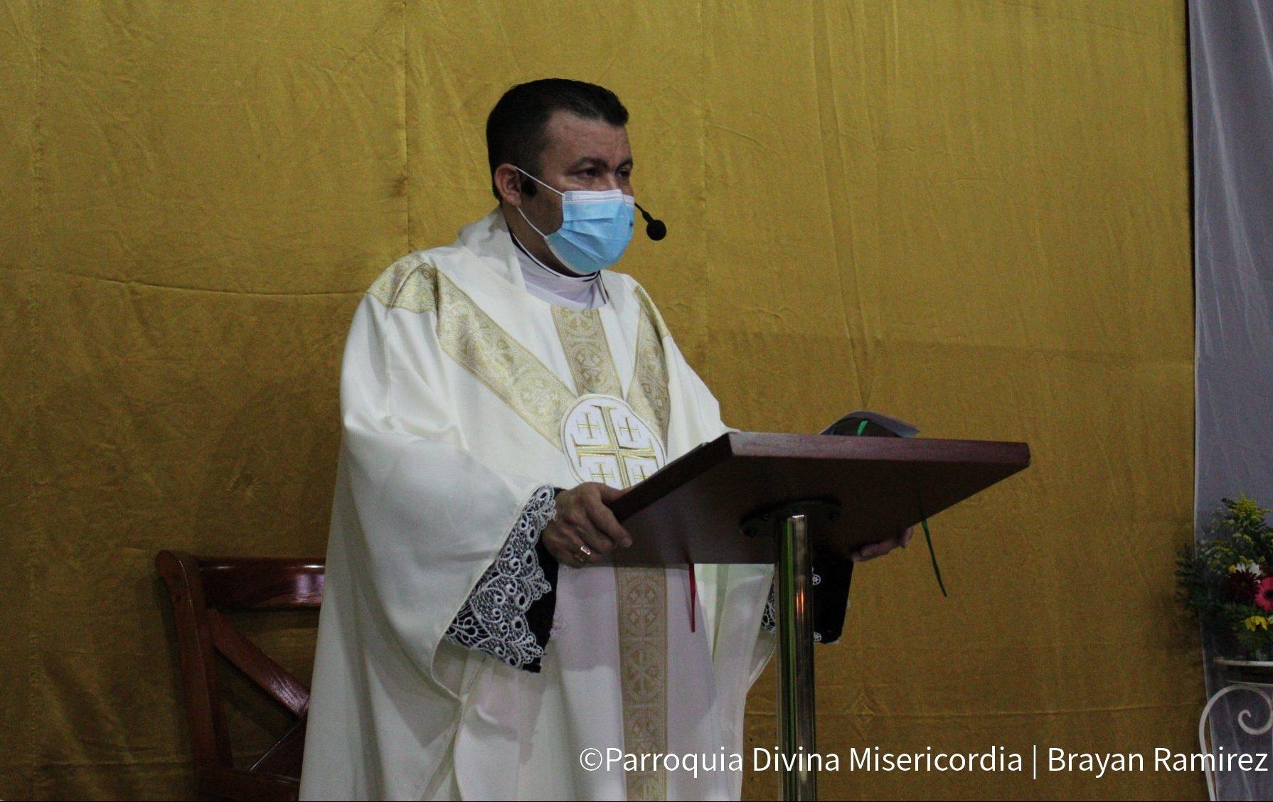 """Padre Uriel Vallejos: """"Mi huella estará clara porque se ha perdido la oportunidad de elegir"""""""