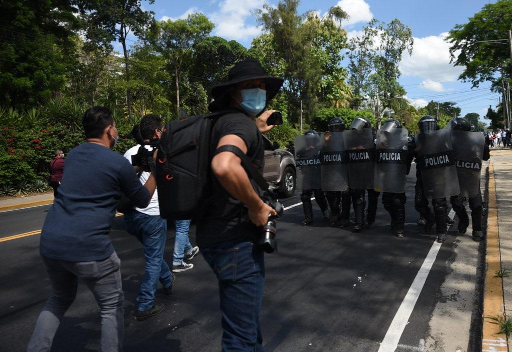 Periodistas nicaragüenses temen represión