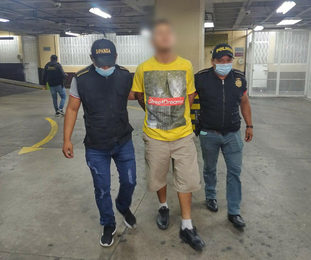 Presuntos pandilleros capturados por atacar a investigadores de la PNC