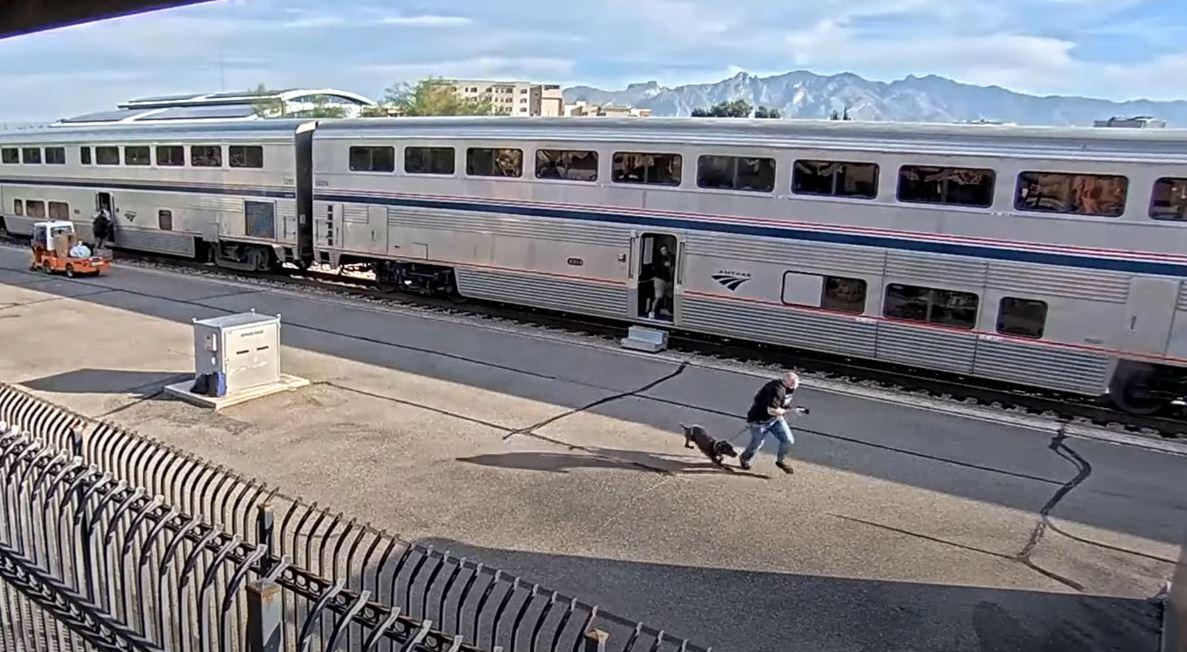 Se trata del tiroteo en un tren en Arizona en el que murió un agente de la DEA - Prensa Libre