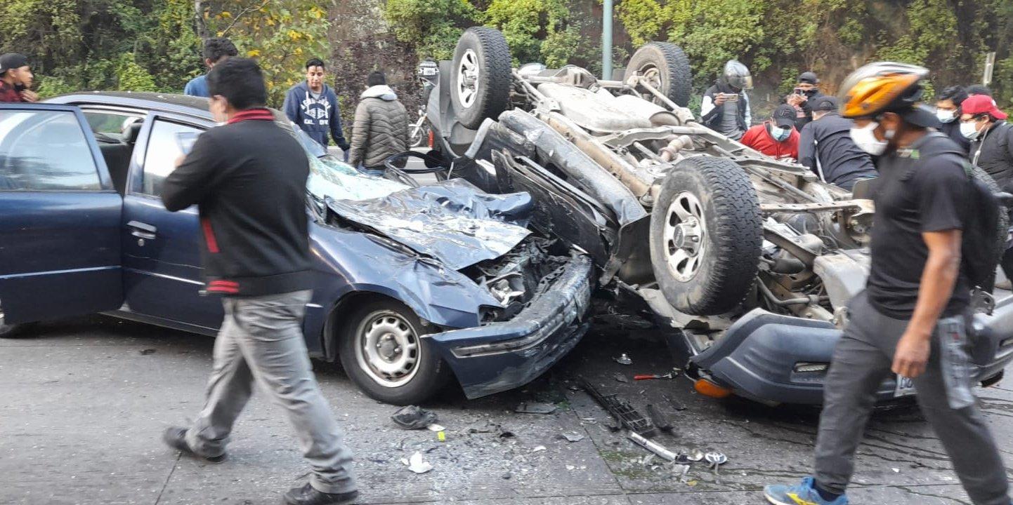 Un accidente en la carretera interamericana complica el paso a la capital - Prensa Libre